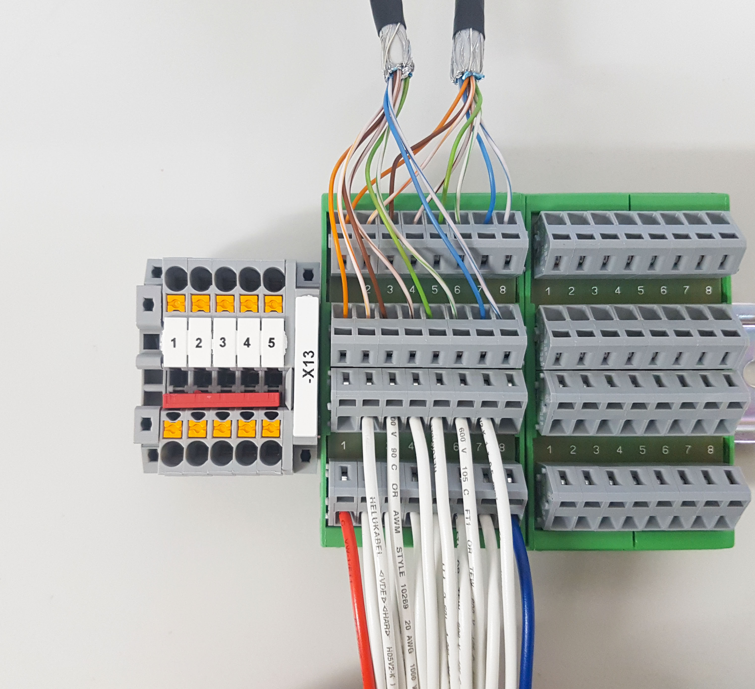 Terminal For Din Rail Loxone Smart Home House Wiring This Block Is Perfectly Suited The Removal Of Control Cabinets Eg A Controller Serves As An Interface In
